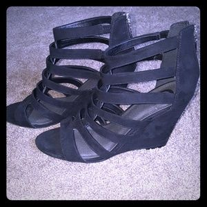 Strappy black wedges